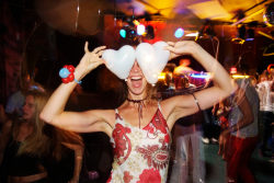 the age of love Club 8
